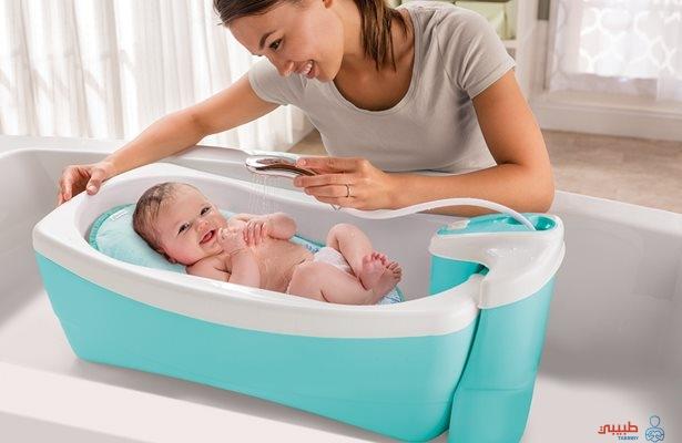 استحمام الرضيع