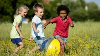 اللعب عند الأطفال