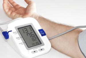 فحص ضغط الدم