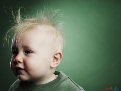 أسباب تساقط الشعر عند الأطفال عمر السنة